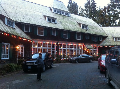 Festive Lake Quinault Lodge