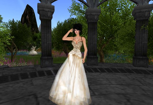 SASCHA - January 2012 Gown (GroupGift) by Cherokeeh Asteria