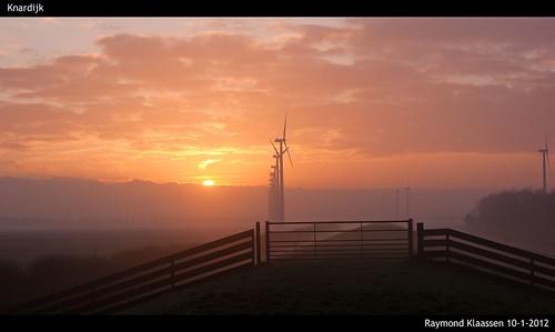 nederland flevoland stratocumulus knardijk ochtendrood zonsoopkomst