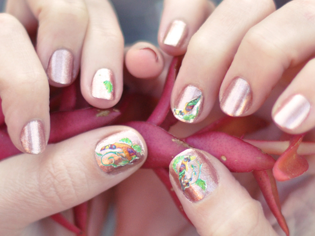 nails-vintage nail decals