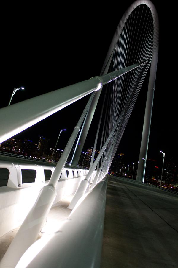 Calatrava Night Trespassing Cable Base