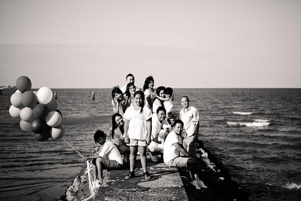 Duong Family-306bw
