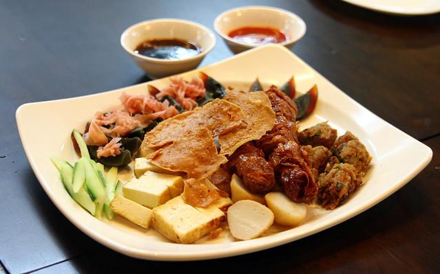 Malaysian Food Street: Penang Ah Long Lor Bak