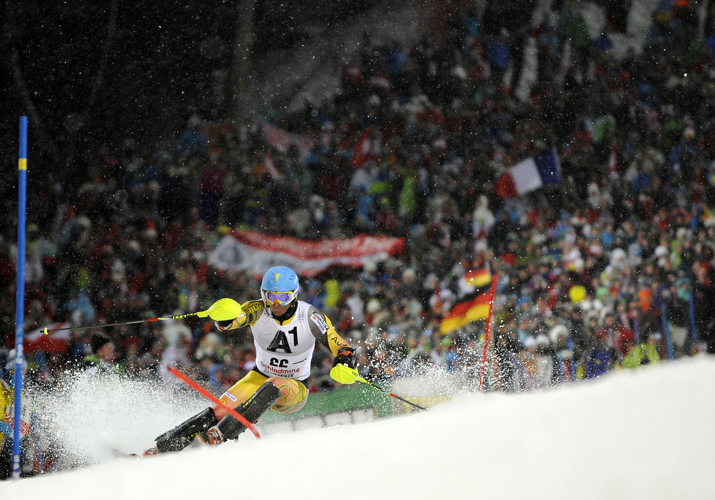 Mike Janyk finishes 20th in Tuesday's night slalom in Schladming. (Gio Auletta/Pentaphoto)