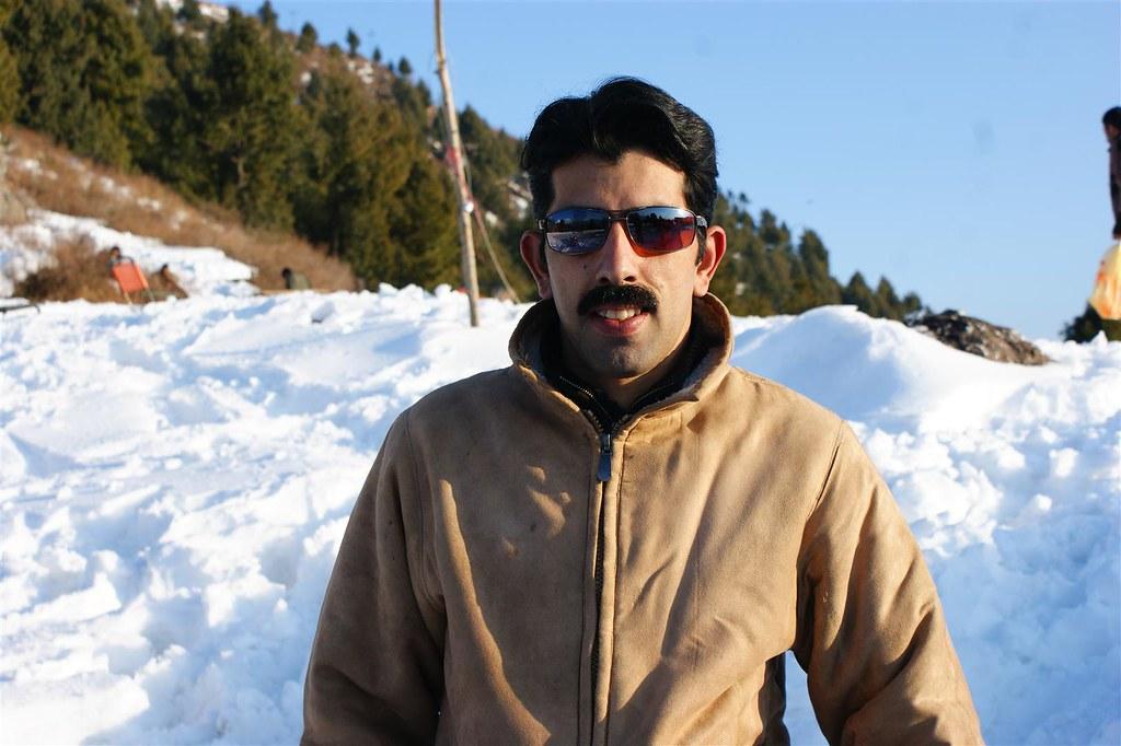 Muzaffarabad Jeep Club Snow Cross 2012 - 6796509121 1887cbcd4b b