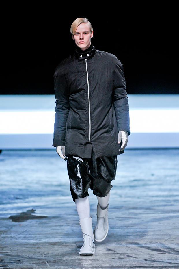 Bart Grein3070_03_FW12 Paris Rick Owens(fashionising.com)
