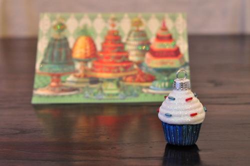 12-01-25_xmas-gifts