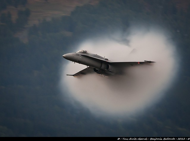 F18 Hornet Breaking the sound Barrier : 2012 : Sigma 120 400