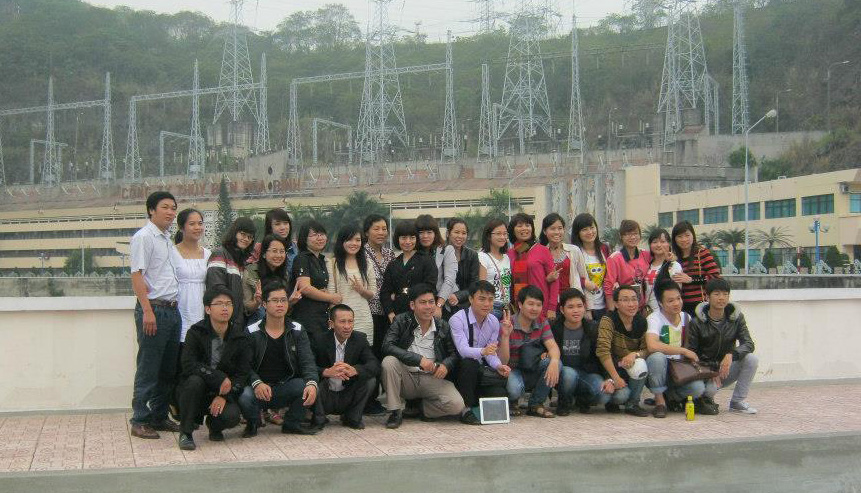 """Thăm Thung Nai - """"Vịnh Hạ Long trên cạn"""" dịp 8/3"""