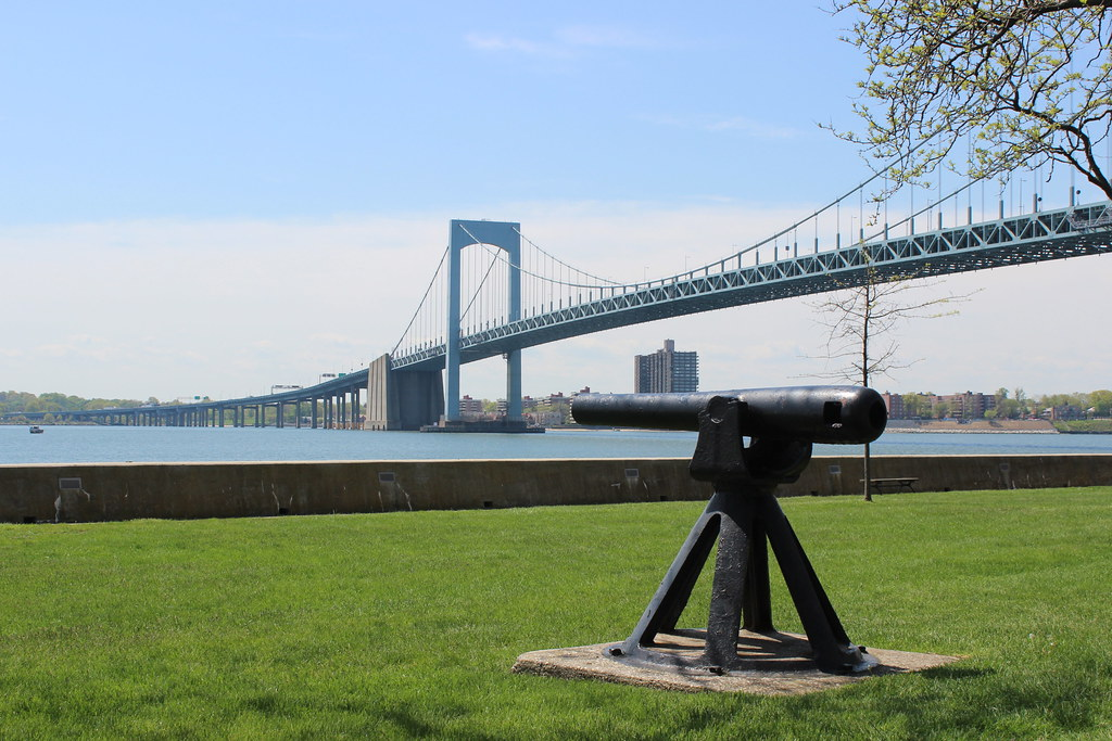 the history of throgs neck and maritime college Throgs neck, a community of about history has it that it was named after john throgmorton is the 1,200-cadet maritime college of the state.
