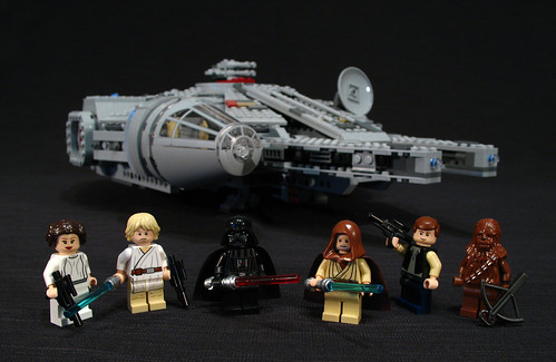 7965 Millennium Falcon Review
