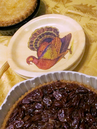 Thanksgiving: Pecan and Apple Pie
