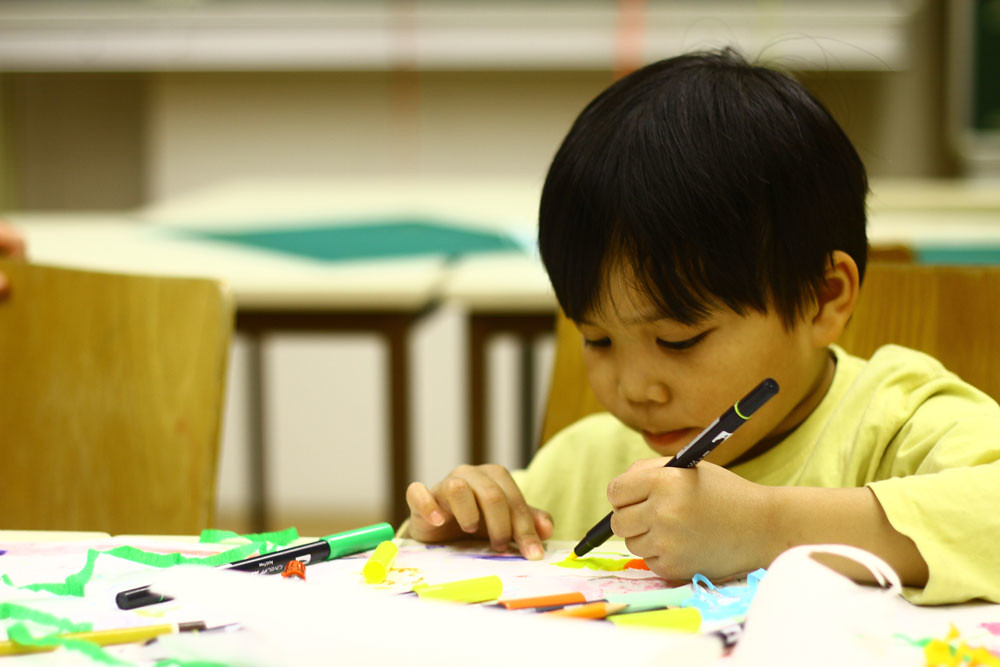 Painting and Kids: How to Keep them Interested