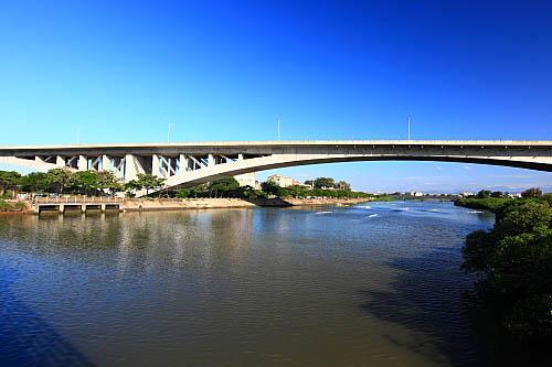 40L7西濱快速公路新豐溪橋