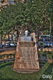 Estatua - Navarro Rodrigo