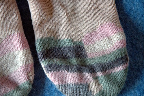 darning socks (5)c