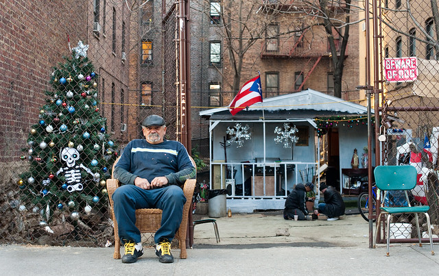 Holiday Cheer: Tremont Bronx
