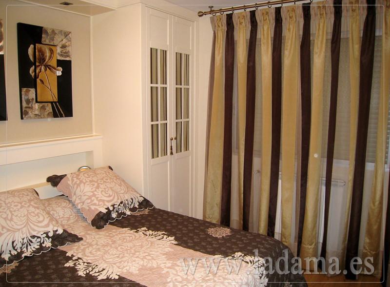 Fotograf as de dormitorios cl sicos la dama decoraci n for Cortinas y estores para dormitorios