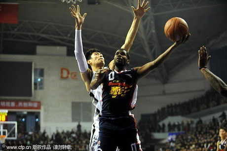 December 14th, 2011 - Aaron Brooks puts up a shot for the Guangdong Dongguan Bank Hongyuan Tigers
