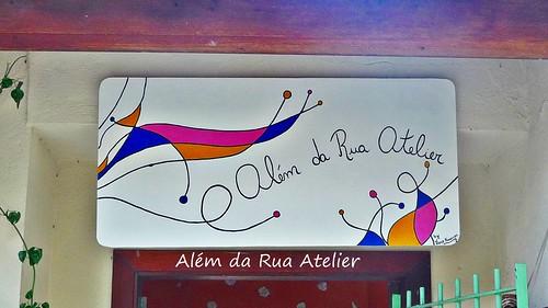 Placa de identificação do atelier, pintada à mão