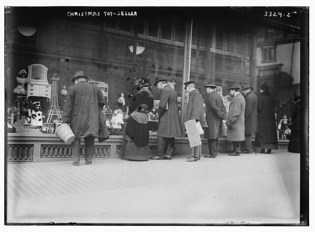 Christmas toy-seller (LOC)