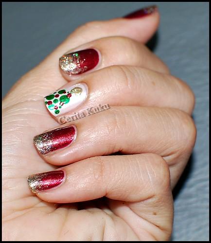 Christmas nail 2011 (2)