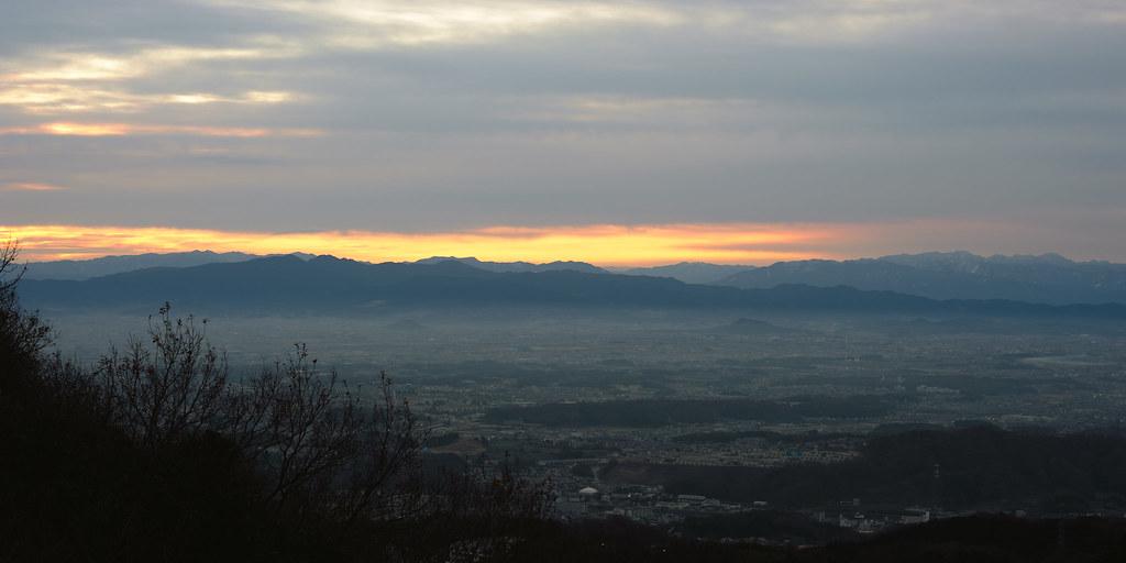 The first sunrise on Mt. Shigi 7:02
