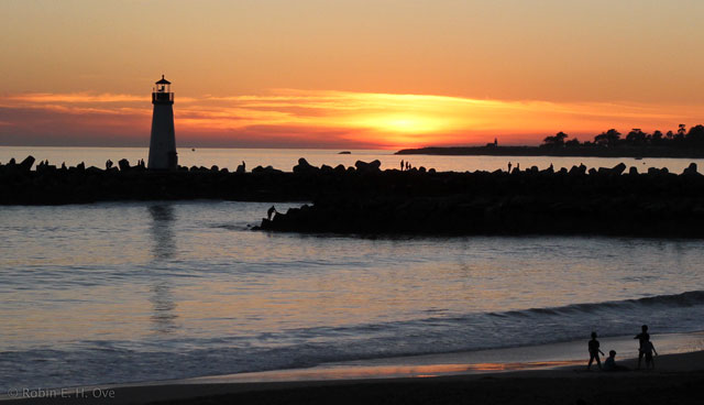 2012-Lighthouse-Sunset