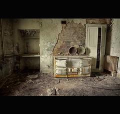 SECRET MANOR HOUSE  GT