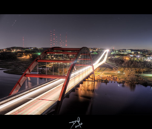 bridge light cliff night austin river dark puente high nikon colorado long texas photographer shot dynamic emotion daniel hill 360 best trail photograph pro range alto hdr exposures dinamico 360bridge rango d7000 horande