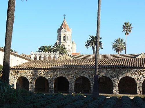 nouveau monastère.jpg