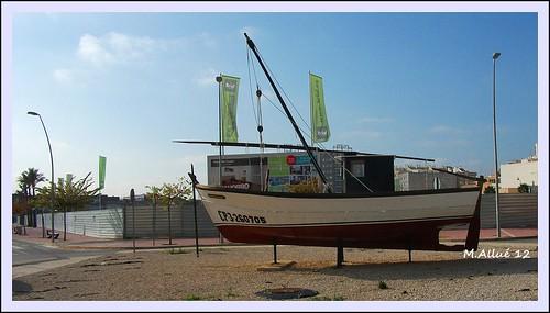 Barca by Miguel Allué Aguilar