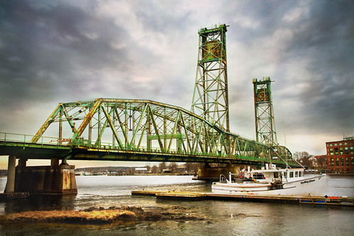 bridge day cloudy newengland newhampshire portsmouth drawbridge portsmouthnh memorialbridge robertallanclifford cliffordphotographynhcom