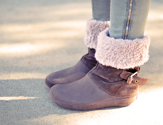crocs boots with fur