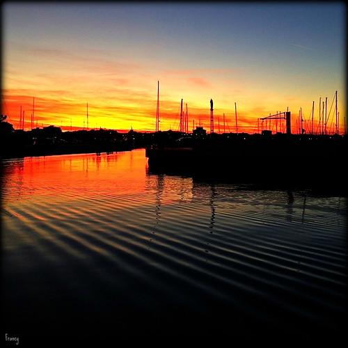sunset boats tramonto rimini porto canale iphone