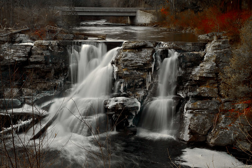 longexposure bridge winter red mist cold ice nature stone creek landscape evening waterfall pennsylvania logs falls spray east pa foam icicles stroudsburg bushkill resica