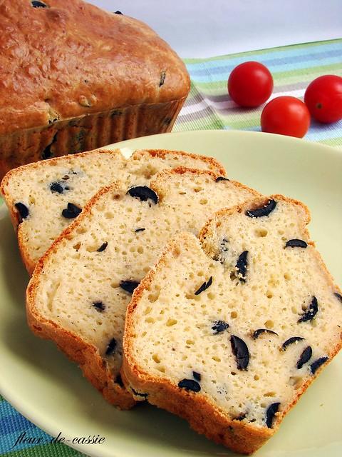 сырный кекс с маслинами 2