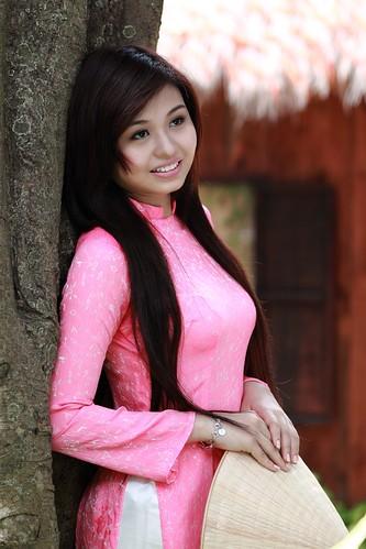 [フリー画像素材] 人物, 女性 - アジア, アオザイ ID:201211090800