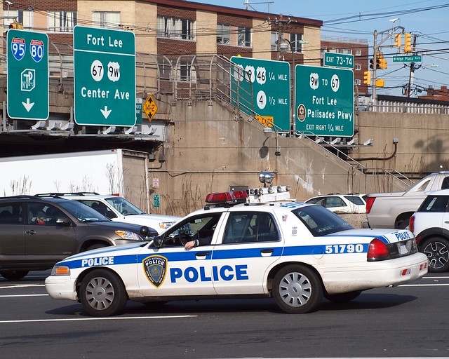 Papd port authority police car gwb toll plaza fort lee - Bus from port authority to jersey gardens ...