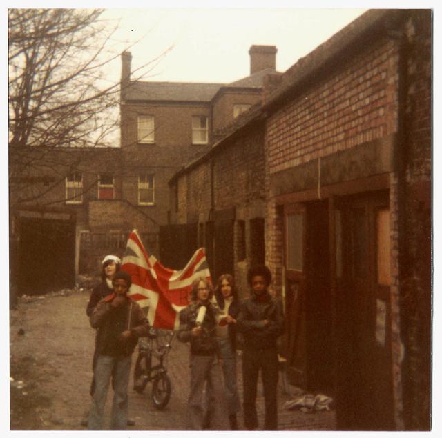 London 1974 / 75