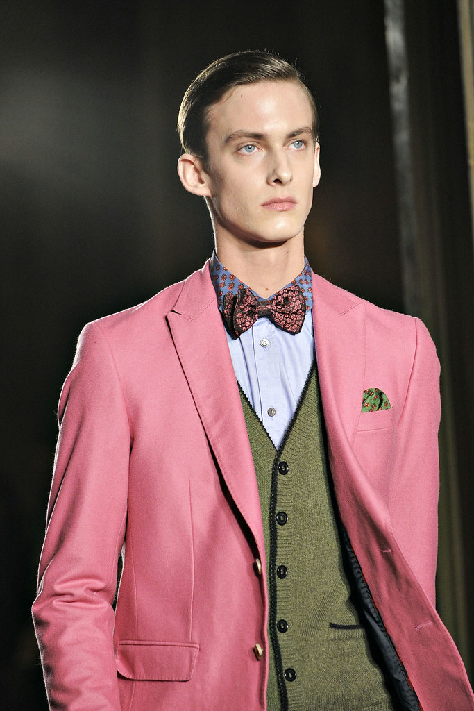 Elias Cafmeyer3049_FW12 Milan Moschino(VOGUE)