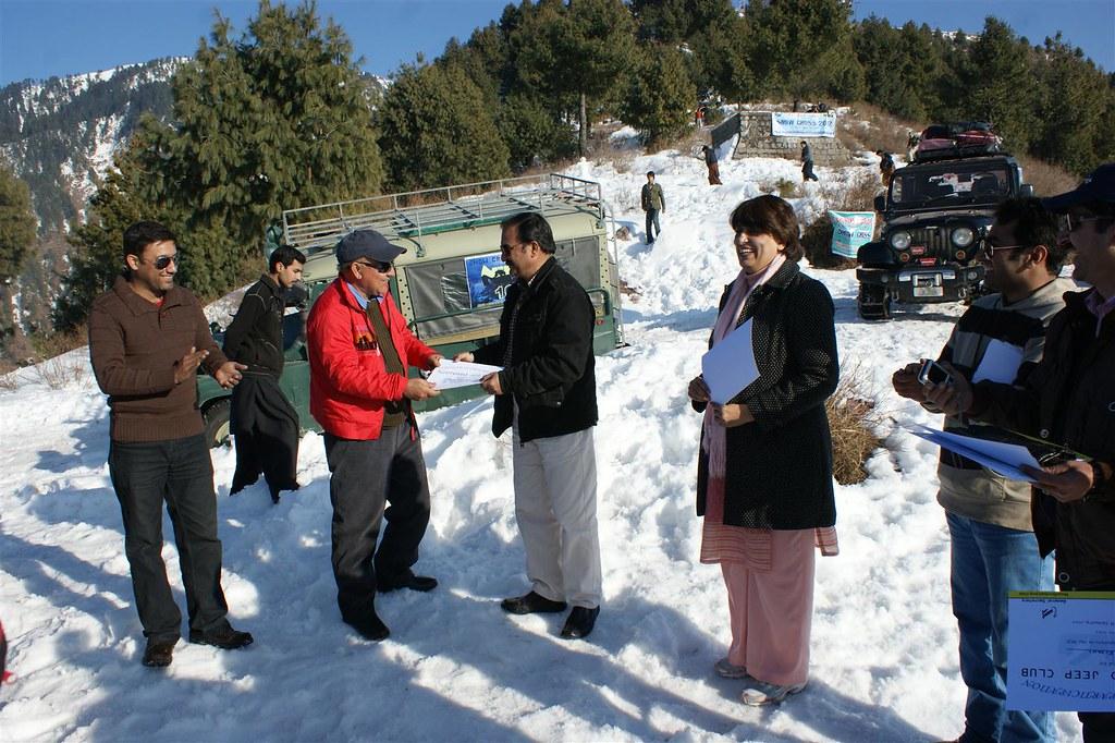 Muzaffarabad Jeep Club Snow Cross 2012 - 6830742207 0d38e4eef3 b