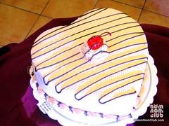 Max's Restaurant Cake