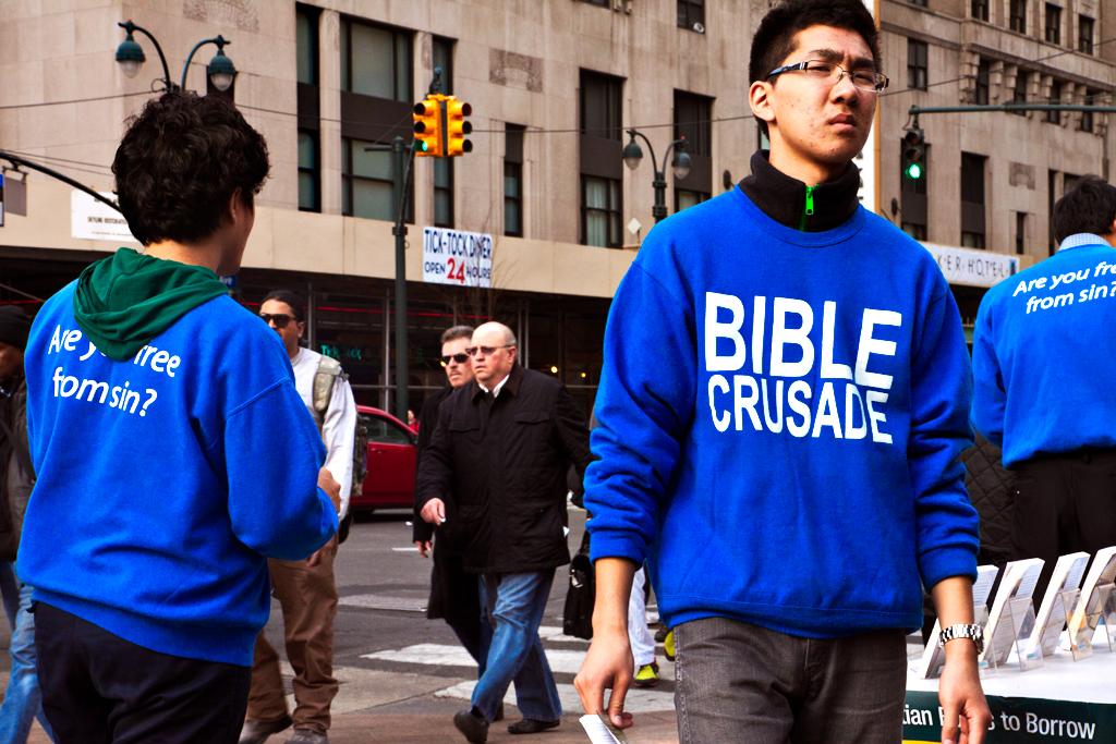 BIBLE-CRUSADE-group-outside-Madison-Square-Garden--Manhattan