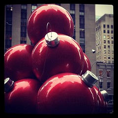 Giant balls? Yes!