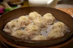 shumai(0.0), dim sum food(1.0), nikuman(1.0), mongolian food(1.0), cha siu bao(1.0), xiaolongbao(1.0), manti(1.0), mandu(1.0), momo(1.0), wonton(1.0), food(1.0), dish(1.0), varenyky(1.0), dumpling(1.0), jiaozi(1.0), buuz(1.0), khinkali(1.0), cuisine(1.0),