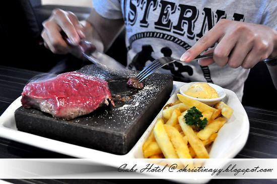 Stone Grill @ Cube Hotel Toowoomba