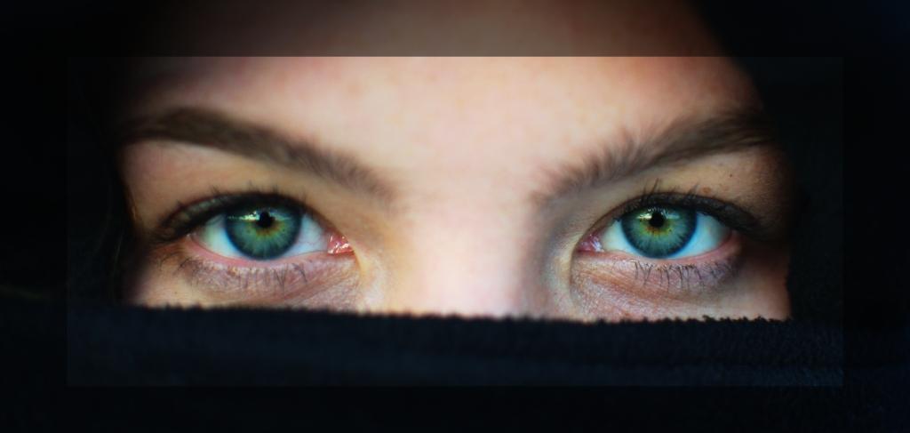 DSC_3377_Lea_eyes.jpg