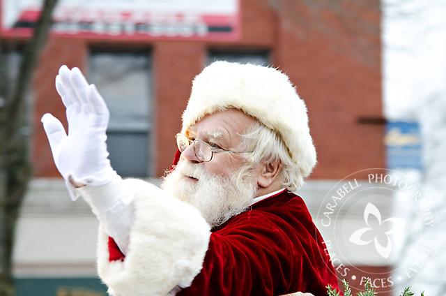 Dover-Holiday-Parade-11-27-11-11-FB
