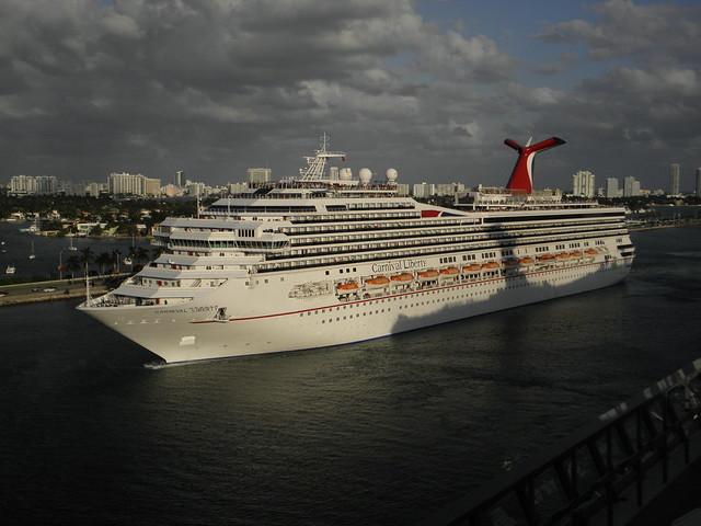 Celebrity cruise web cam